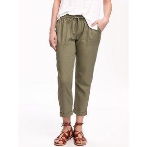 Old Navy • Moss Lansing Linen Green Crop Pants